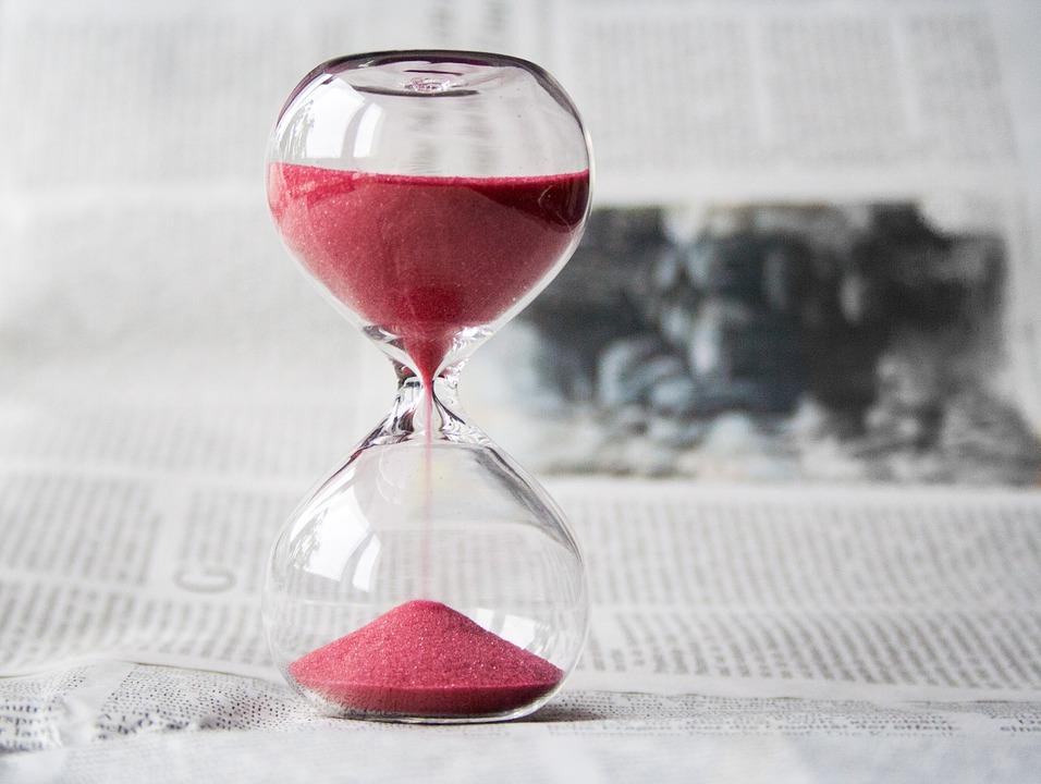 hourglass-communiteers
